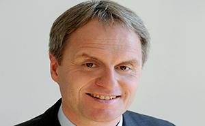 Dr Robert Fenz Vorstandsvorsitzender.jpg